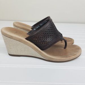 UGG Solena Thong Wedge Sandals Brown Size 6